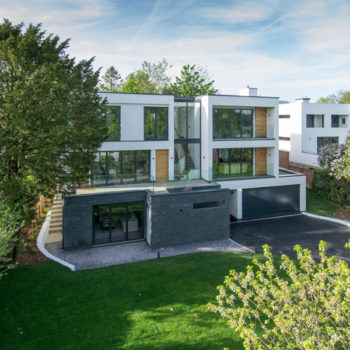 Trelawne-New-Build-House-Guildford-Exterior-shot